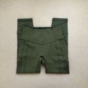 Lululemon fatigue green ATRP crop